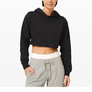 Lululemon cropped hoodie! Size 4